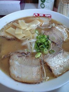 徳島らーめん「猪虎」スープに着目して食べてみました!